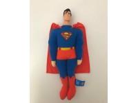 Peluche Superman con mantello e testa in plastica 35 cm Famosa